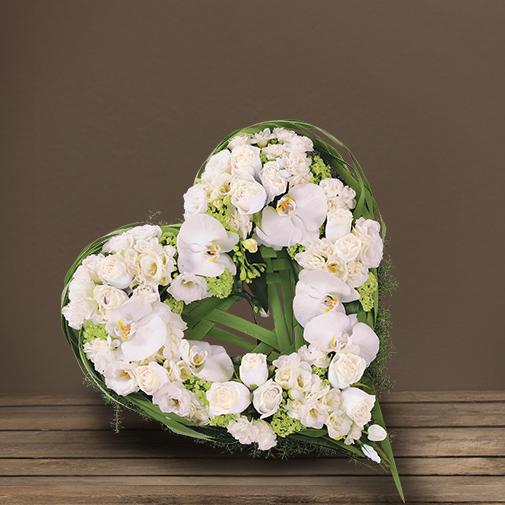 fleurs-obseques-marseille-coeur-roses